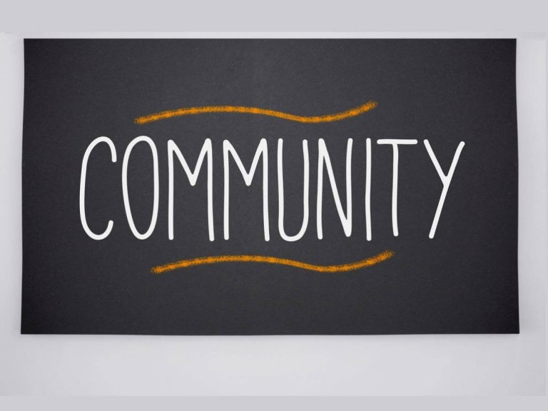 OPERATE YOUR OWN FACEBOOK COMMUNITY